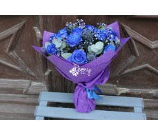 11 blue roses bouquet