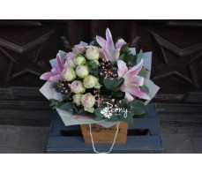 Lilium and lace bouquet